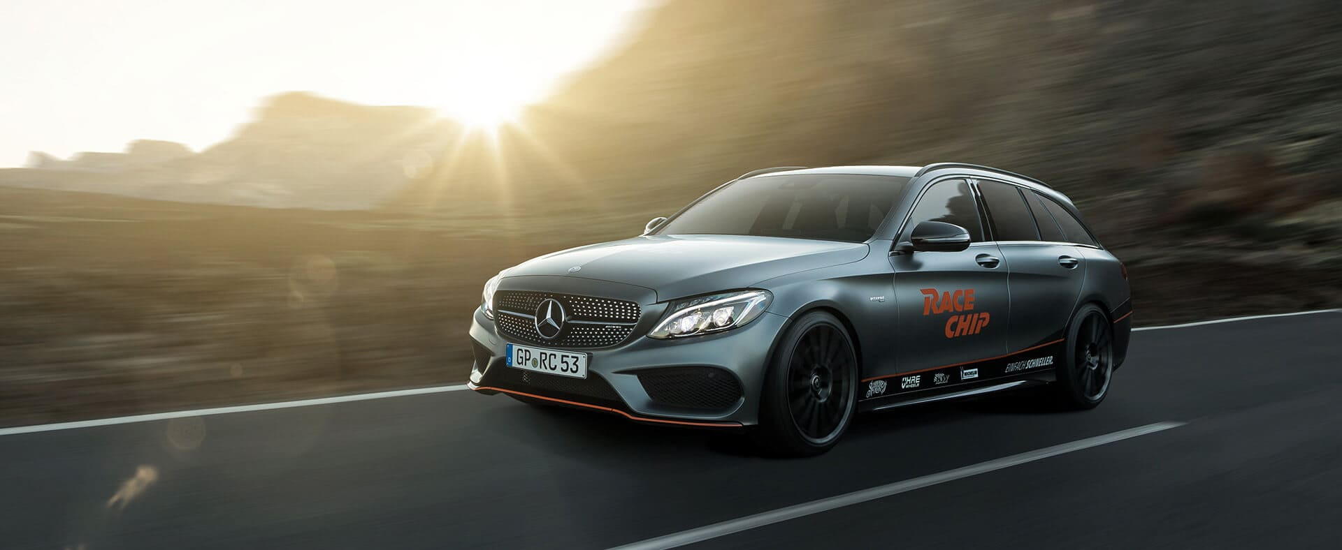 A station wagon with racing flair – the Mercedes Benz-AMG C43